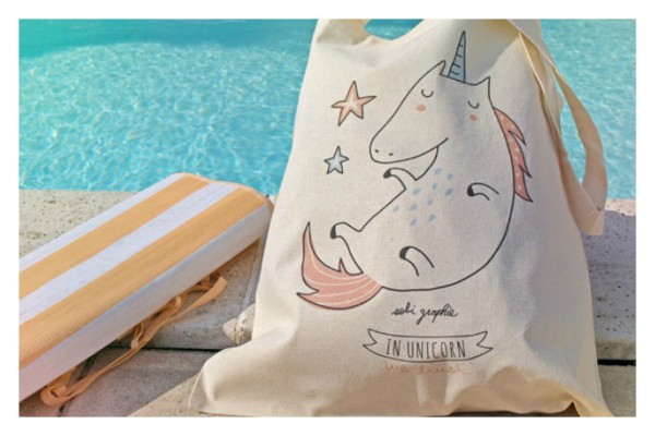 Adorable illustrated tote bags from Sobiegraphie on Etsy