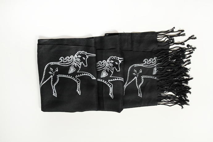 Unicorns: They exist. On awesome scarves by Snoozer Loser
