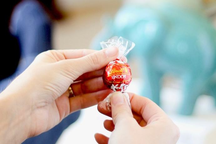 Sponsored Message: Give mom a moment of bliss this Mother's Day with LINDOR truffles.