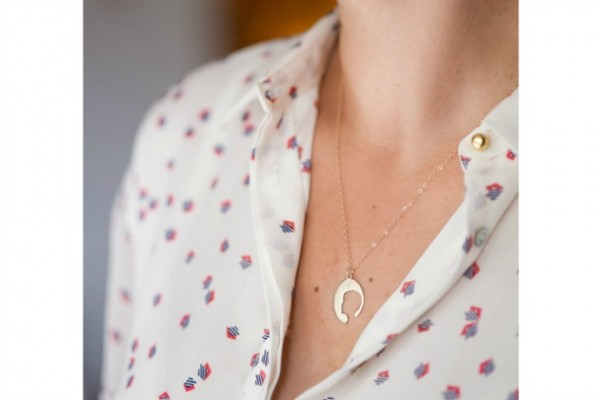 Silhouette necklace by LePapier Studio + lots more keepsake jewelry in our Mother's day gift guide