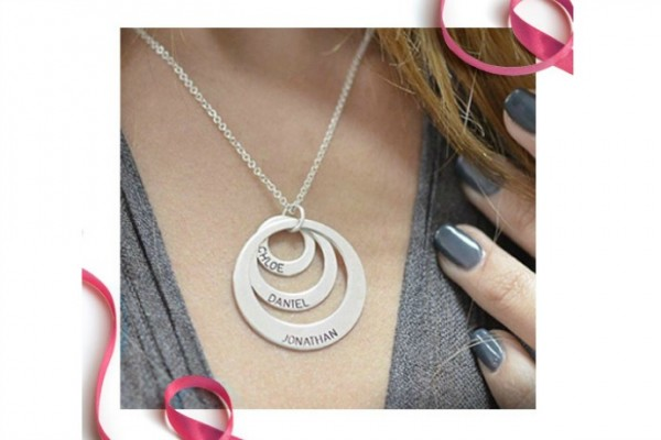 Personalized jewelry for Mother's day at very affordable prices