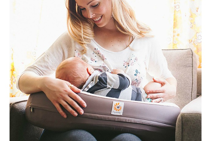 Ergobaby launches a nursing pillow which could be a game-changer for achy backs everywhere.