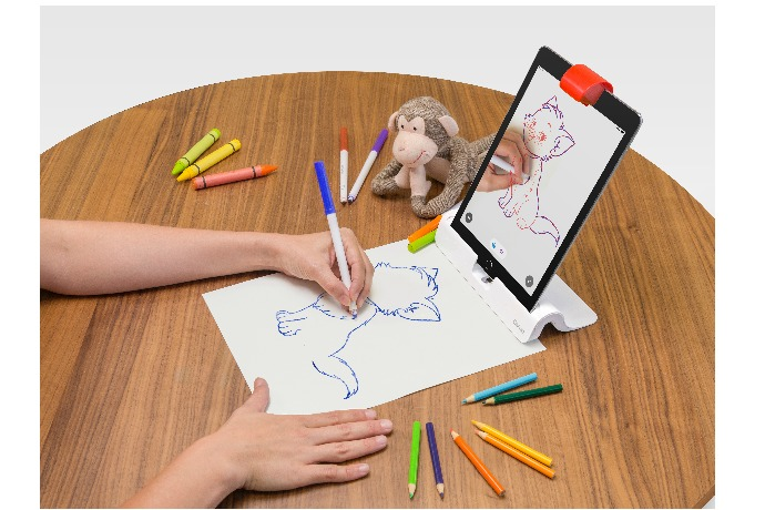 Masterpiece app, new for the OSMO learning device which transforms an iPad into a forum for hands-on educational play and creativity
