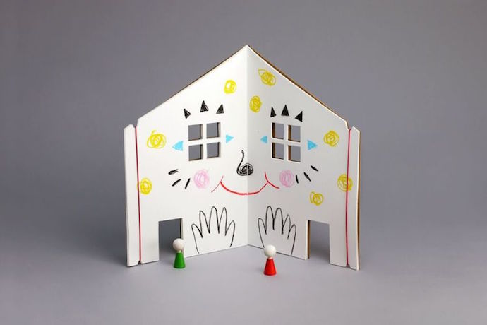 Creative kids can now design their own dream dollhouse and take it everywhere they go