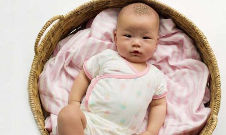 Cute organic baby bedding — and experts who will help you find a favorite — from Monica and Andy