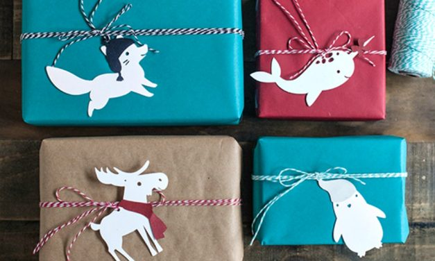 15 festive, fun, and free printable gift tags for the holidays. Now, get wrapping!