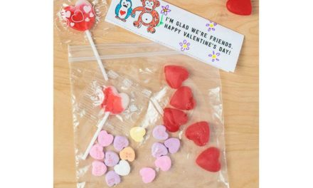 Free printable Valentine's Day cards for the classroom that celebrate friendship, not romance. (Phew!)