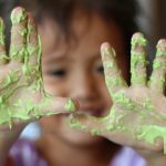 5 natural recipes for homemade slime, all safe and Borax-free