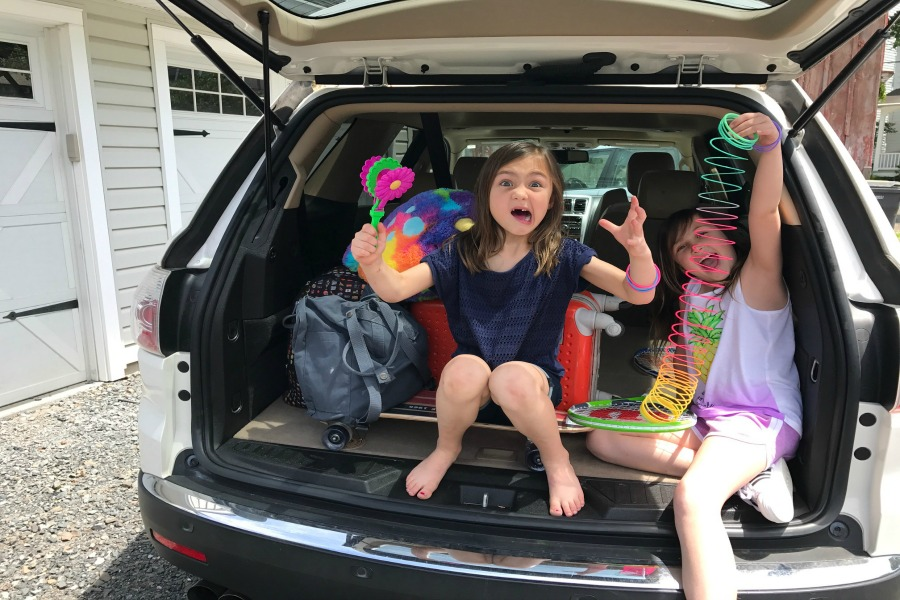 5 of the very best road trip tips from a mom of 4, to keep kids happy and parents sane. Mostly.