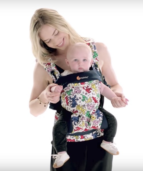 New Keith Haring Ergo Baby carriers in two styles...and kid sizes too for dolls! | coolmompicks.com