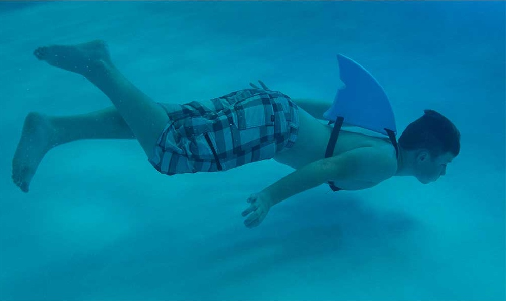 The shark fin pool toy by Fin Fun that our kids are dying for! | see more at coolmompicks.com