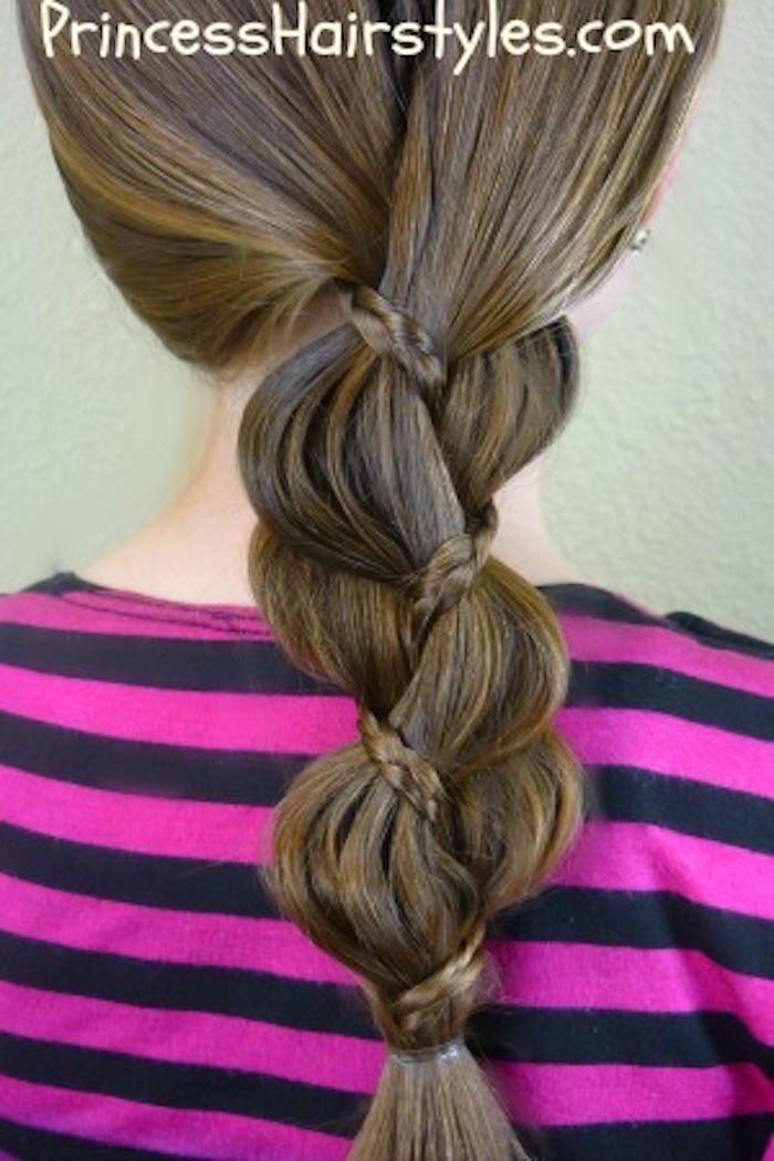 Hair braiding tutorials: Braid in a Braid at Princess Hairstyles