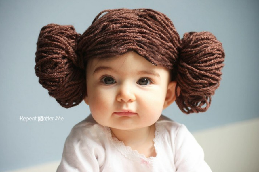 Hottest pop culture baby Halloween costumes: Princess Leia yarn wig tutorial from Repeat Crafter Me