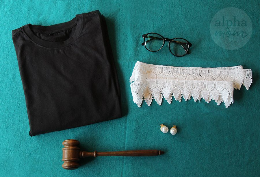 DIY Ruth Bader Ginsburg costume tutorial on Alpha Mom: So easy!