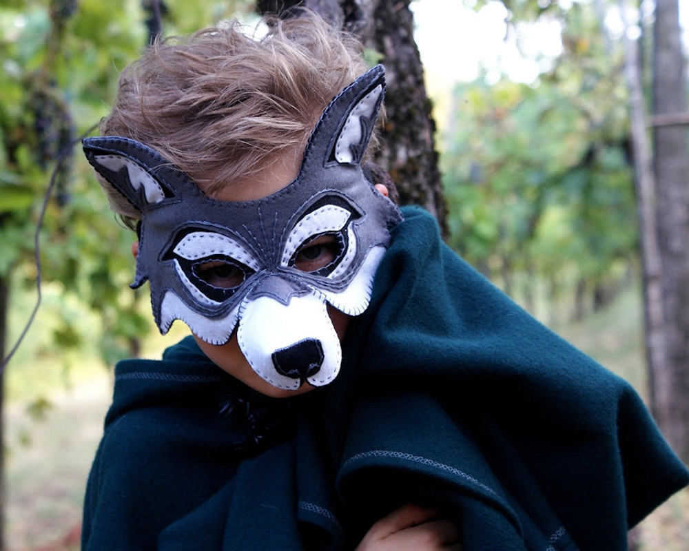 Kids' Game of Thrones costume ideas: Direwolves Shaggydog, Ghost or Grey Wind via masks from Oxeyedaisy