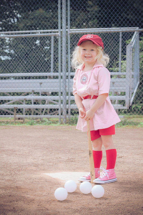 Empowering girl Halloween costumes based on real life heroes: Dottie from A League of Their Own | Silver Threads by Rhonda