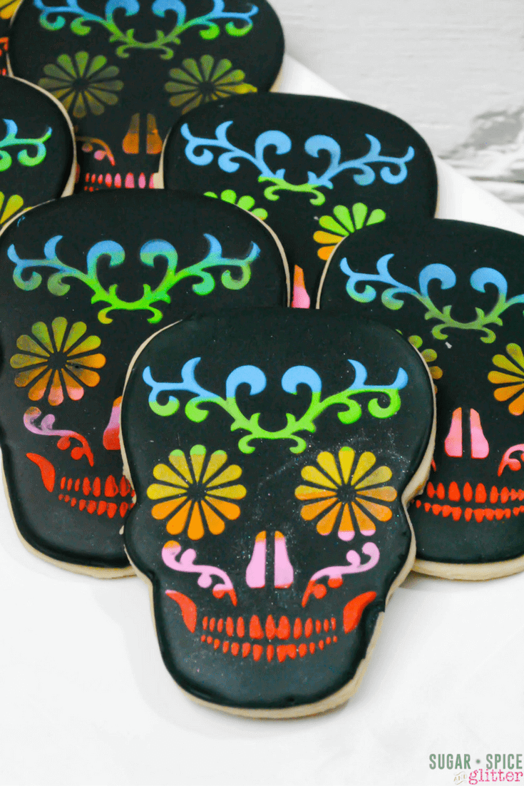 Sugar skull cookies: A helpful DIY with free printable template from Sugar Spice & Glitter