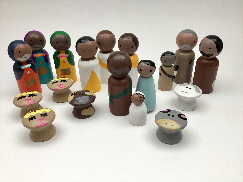 Modern nativity sets: Modern peg nativity set | Affordable Waldorf