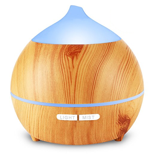 Essential oil aromatherapy diffuser: Self-care gifts