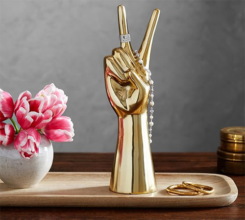 Emily + Meritt peace sign jewelry stand : Glam gifts for a female BFF