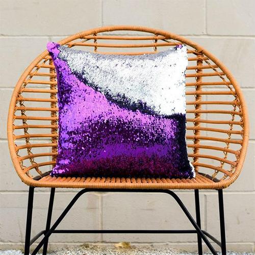 Flip Sequin mermaid pillow| The coolest tween gifts