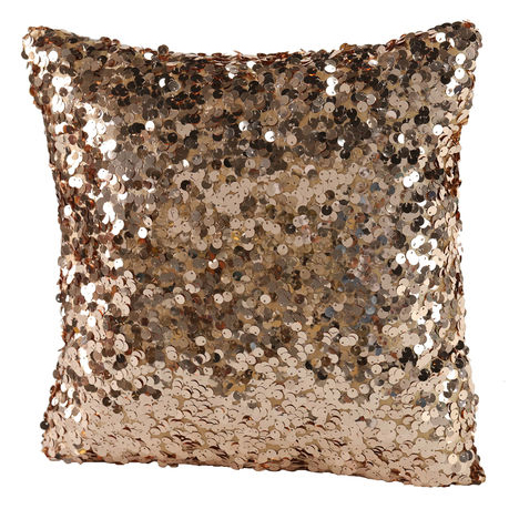 Rose gold sequinned pillow: Cool gifts for your glam BFF