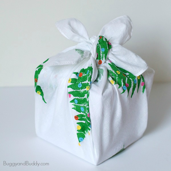 Creative holiday gift wrapping ideas: Fabric Gift Wrapping by Buggy and Buddy