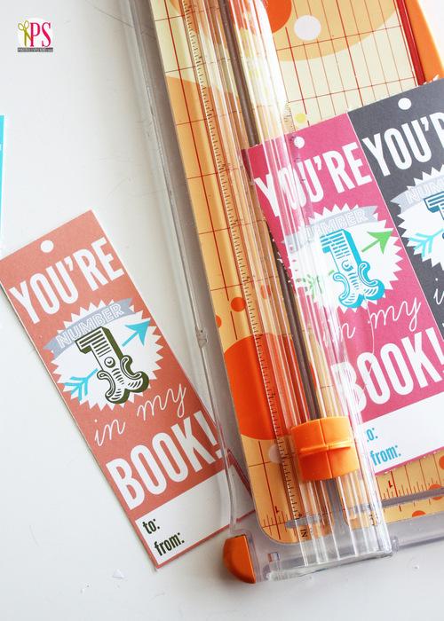 Free printable Valentine's Day bookmark tutorial via Positively Splendid