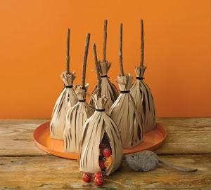 Martha Stewart's Halloween favor bags. Because sometimes you just can't out-Martha Martha.