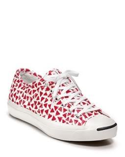 Fancy Finnish foot prints