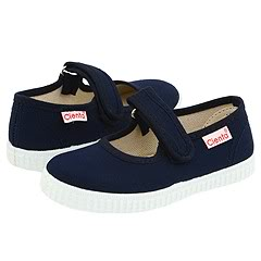 Little feet love Cienta