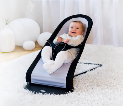 Baby Bjorn makes the bouncy seat of my dreams