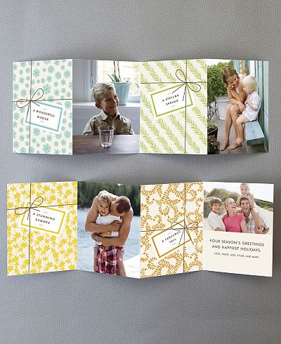 Stunning photo cards for the holidays Ooh, swanky.