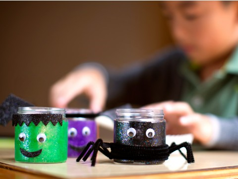 Easy kids Halloween crafts: Grateful parents say thanks, Kiwi Crate
