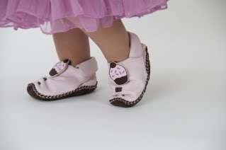 Shoes that grow with your baby. Really!