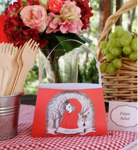 Girls' birthday party ideas – Little Red Riding Hood or Alice in Wonderland