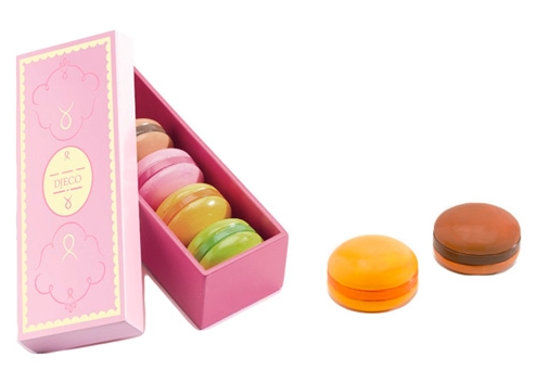 Sweet play macarons (and an irresistible, unmissable Black Friday toy deal)