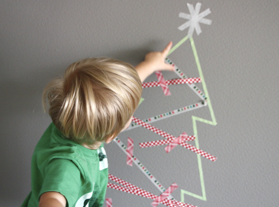Web Coolness: holiday tech gifts, an easy Christmas craft, and a must-read post for every mother