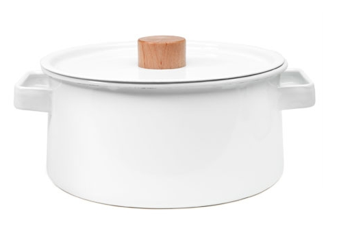 Can stock pots be sexy? We say yes. Ohhhh, yes.