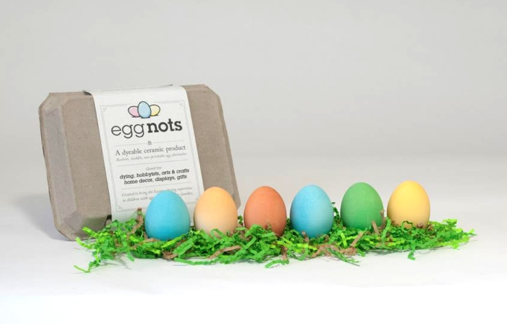 We're egg-static over these dyeable, reusable faux Easter eggs (ha)