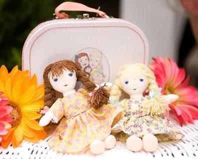 Mini vintage rag dolls that inspire huge love