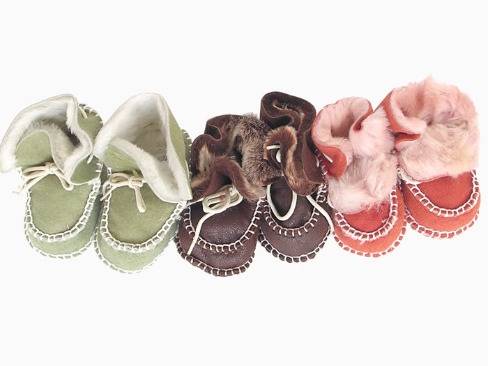 Shearling booties! Ack, dying from the cuteness!