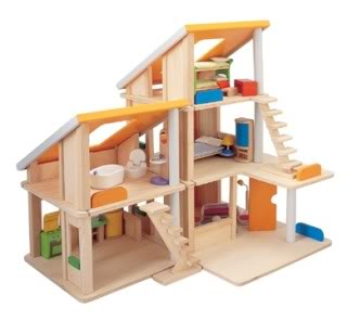 Best dollhouse for holiday gift – Reader Q&A