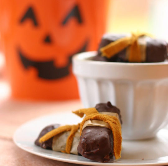 7 sweet Halloween recipes: copycat candy bars