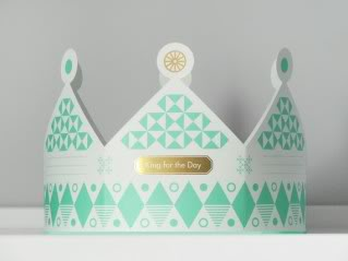 The paper crown princess