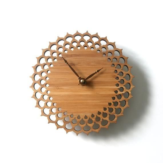 A clock that's not digital? Shocking!