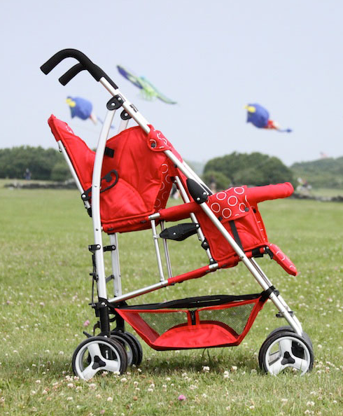 Kinderwagon Hop: At last, a double stroller you can take anywhere