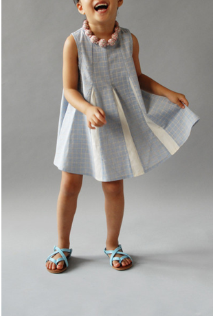 Wunway dresses turns every sidewalk into a runway for your girls. Or wunway?
