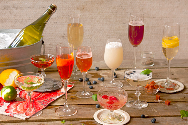 6 delicious champagne cocktails for New Year's Eve. Bring on the bubbly!