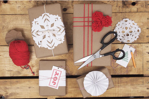 DIY holiday gift wrap at A Pair of Pears | Cool Mom Picks